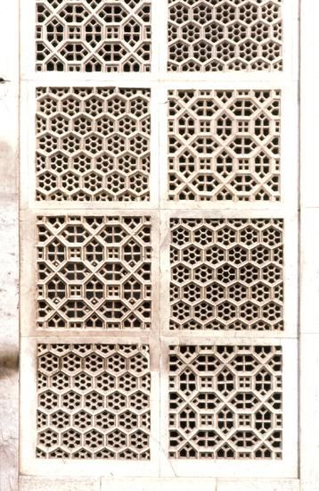 Pattern in Islamic Art - Akbar's Tomb