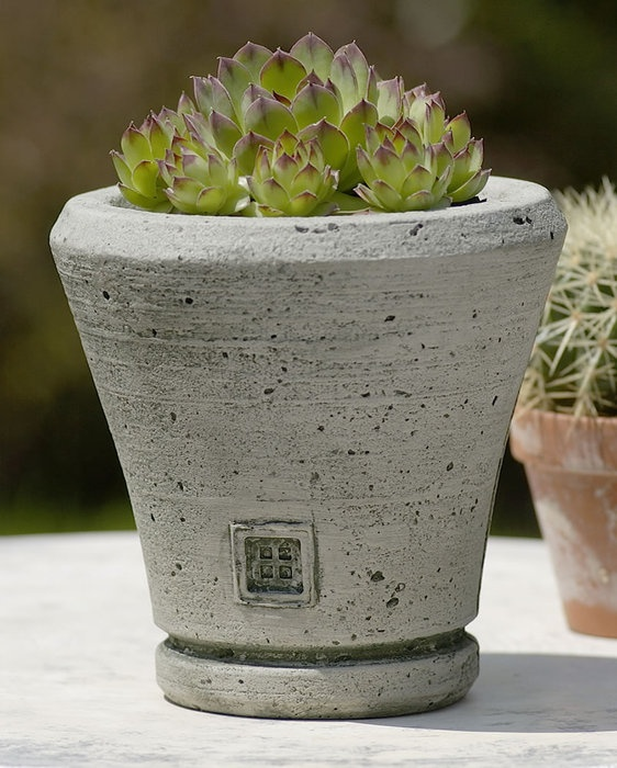 Ena Garden Planter, Made Out Of Cast Stone