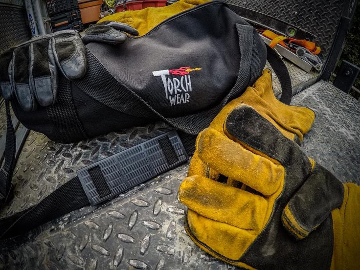 |I choose the BEST. There is no cheating in welding! Take advantage of every opportunity you get to make your job easier. Comfortable PPE is the foundation of making quality welds day in day out.| @torchwear #WeldEconomics #WeldScience #WeldLife #Welder #Welding #Fabricator #BehindTheBlueCollar #SaveTheTrades #Lincoln #Miller #TorchWear #Speedglas #Flexaprene #PNW #RelaxitsonlyWelding