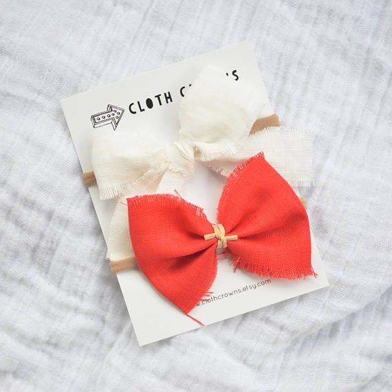 canada 150 canada day bow set nylon headband, cloth crowns, linen bow, linen schoolgirl bow, baby girl headband, modern baby style, hipster baby, girl hair bow, trendy baby, linen, Canada day bow