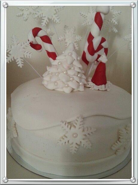 Cold white winter cake