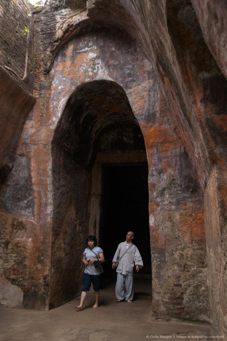 Sacred Quadrangle at Polonnaruwa ruins, UNESCO World Heritage Site, Sri Lanka