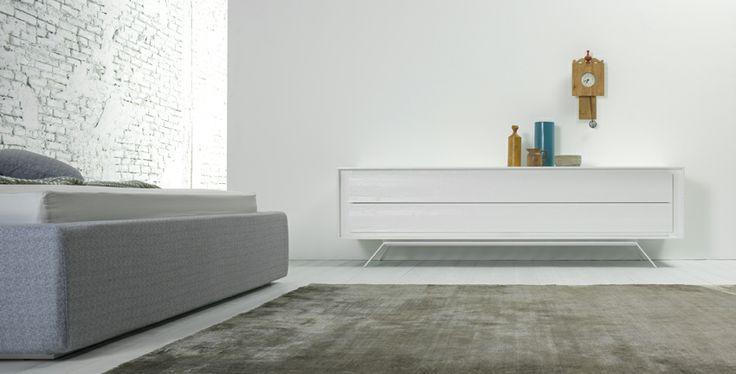 Capo d' Opera Privacy è una collezione di mobili contenitore appoggiati o sospesi da scegliere in un'ampia varietà di dimensioni e finiture. La vostra casa sarà un'opera d'arte! #stiledivita
