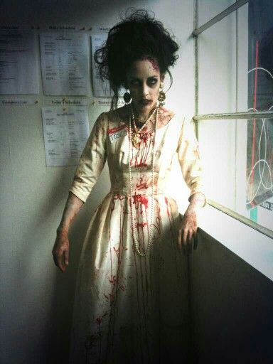 Walked around as this #zombie to promote @VancouverOpera's upcoming production of #Tosca :) #costume #makeup #art #music #blood #undead #Halloween