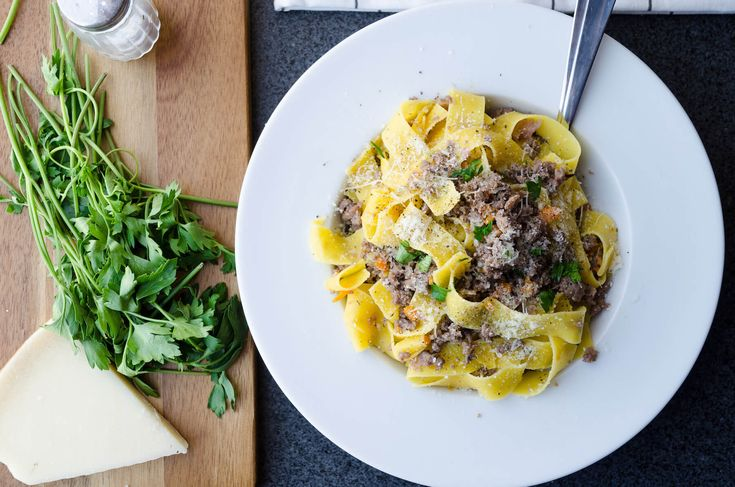 Pappardelle, bolognese bianco
