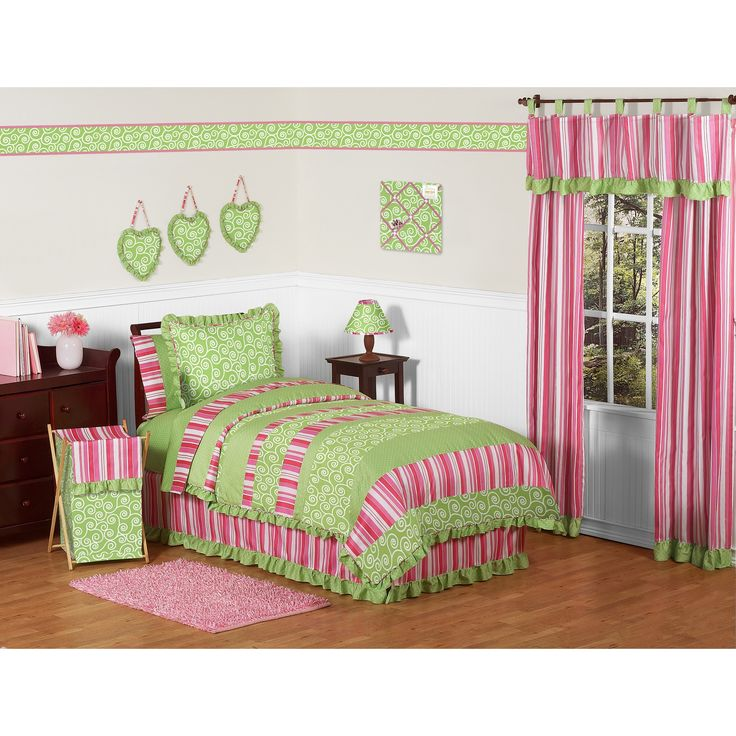 This Designer Girl Bedding Set Uses A Sensational Collection Of Sweet Jojo  Exclusive Cotton Fabrics.