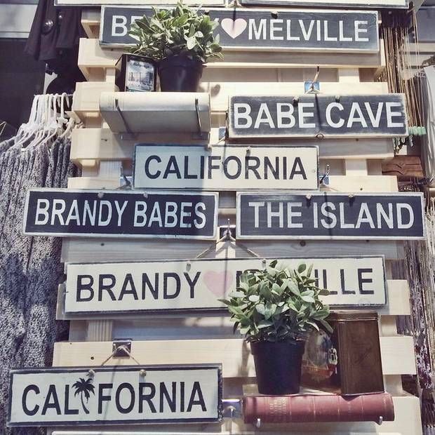 DIY a Brandy Melville Sign