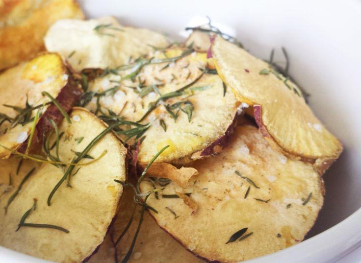 Chips de Batata Doce   Feito no microondas. Sem gordura, sem glúten, sem lactose.