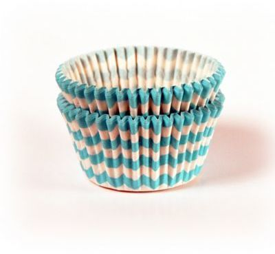 $3.99 - 32-Count Standard Turquoise Chevron Baking Cups - Brighten your baking with a colorful set of 32 Standard Turquoise Chevron Baking Cups. Use these superior quality, heavy duty cups in standard or jumbo baking tins or on their ownâ¦no muffin pans are needed.