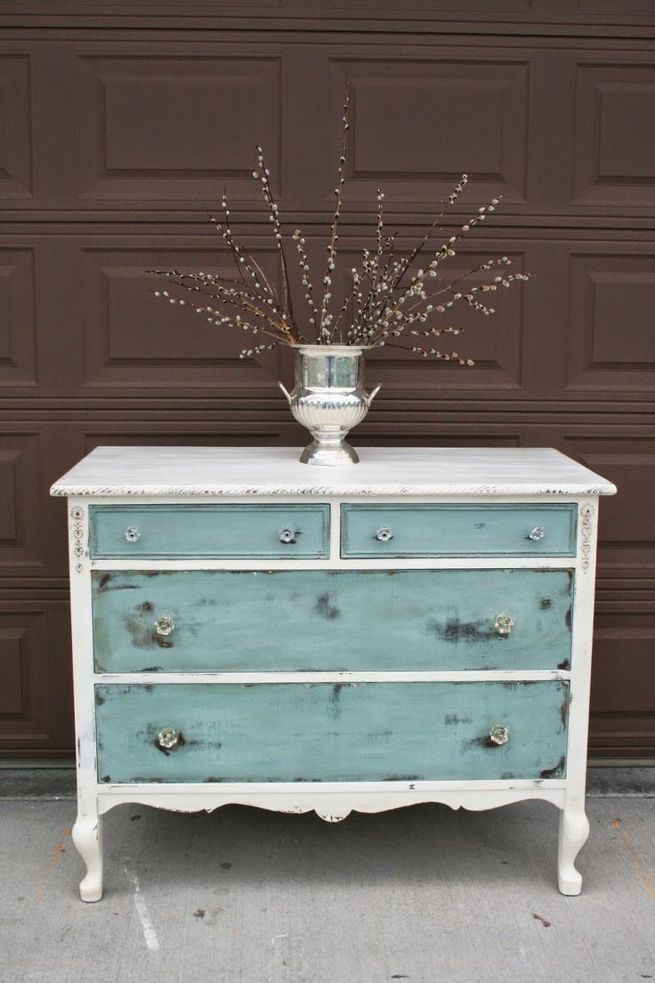 25 best ideas about Vintage Dressers on Pinterest