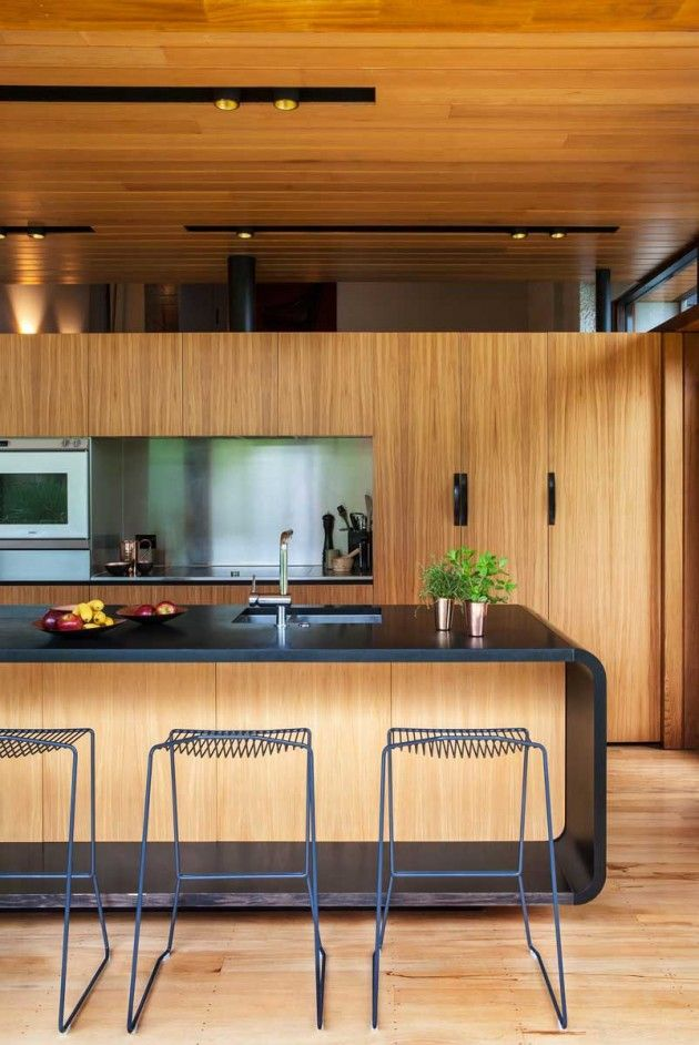 Dorrington Atcheson Architects Have Designed The Renovation Of A 1970 S Split Level Home In
