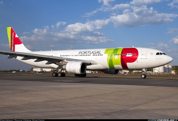 "TAP Portugal Airbus A330-203 CS-TOR ""Bartolomeu Dias"" at Brasília-International, October 2015. (Photo: Paulo César Martínez)"