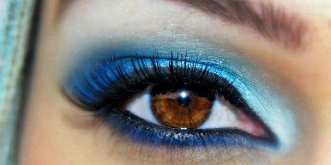 2016 Makyaj Modasında Mavi Göz Farı