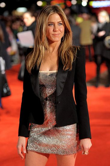 Awesome outfit. I like Jennifer Aniston and I hope she finds her happy ending with her fiancée.