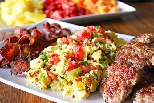 Southwest Egg Scramble ~ a perfect holiday breakfast! | What's Cookin ...