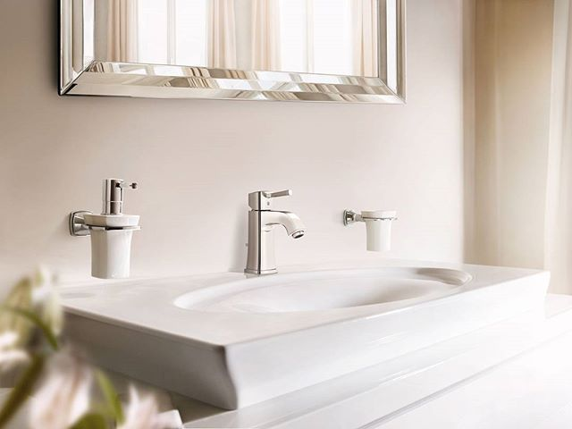Bring old-world charm to life with the Grandera range by Grohe. Traditional-style tapware sure to make a statement!