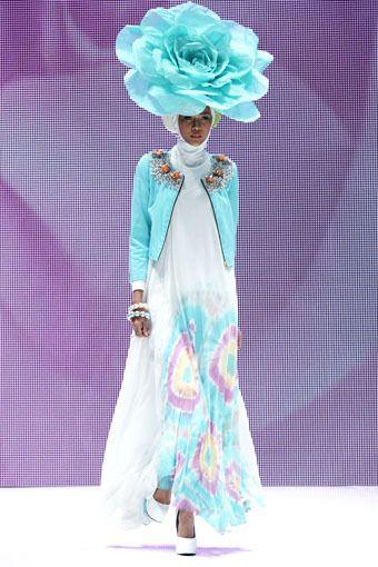 "Dian Pelangi ""Ramadhan Rose"", Indonesia Islamic Fashion Fair 2013"