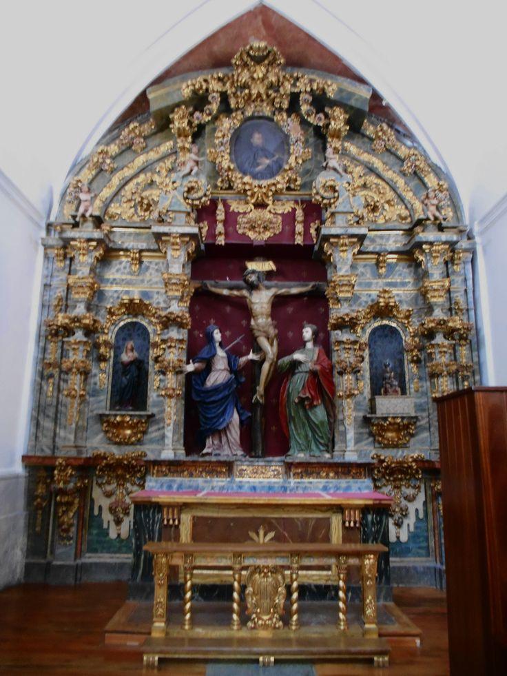 Iglesia de los Jesuitas. Retablo del Santísimo Cristo Crucificado.