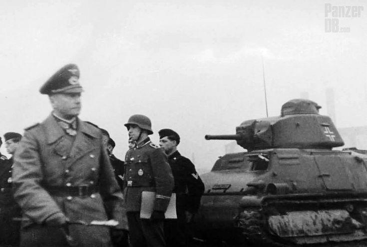 Walther von Brauchitsch, inspecting Panzertruppen as member of the Führerreserve.  ________ The Panzer Pictures Database | @PanzerDB (Twitter) | panzerdb.com