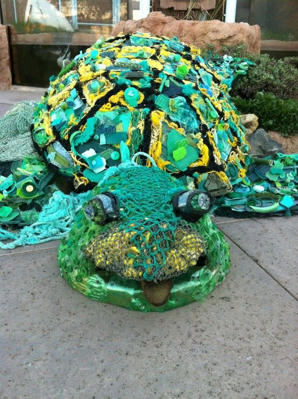 washedashoreprojectseaturtle2 Recycled art