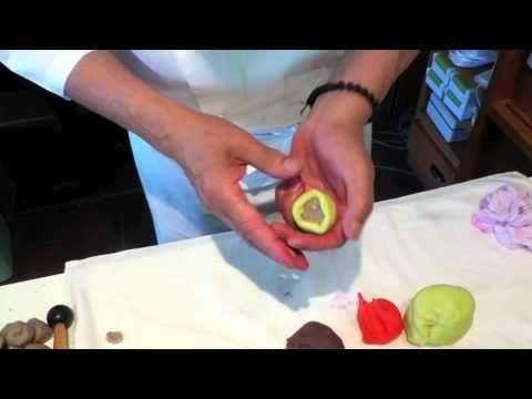 """▶ Demonstration of the Japanese sweet """"Wagashi"""" - YouTube"""