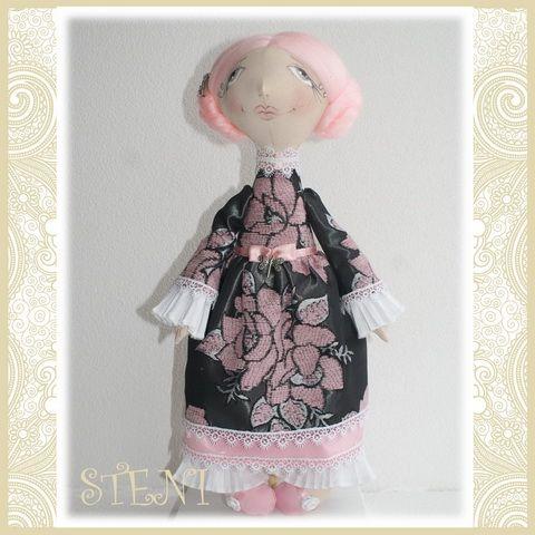 Авторская кукла. Отлично подходит для украшения интерьера. Так же может стать оригинальным подарком.рост 43 см