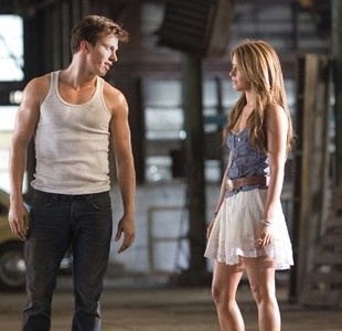 Kenny Wormald (Ren) and Julianne Hough (Ariel) - Footloose directed by Craig…