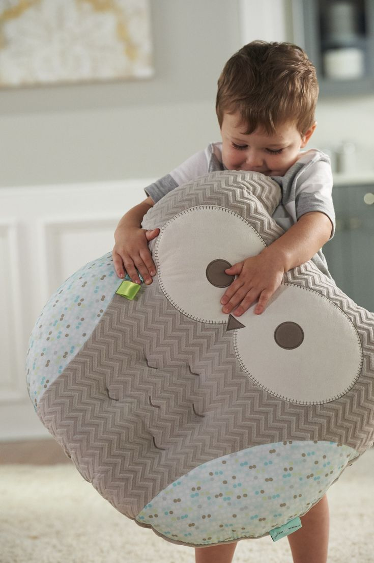 We love that the LoungeBuddies Pillow from @comfortharmony grows with your little one from infancy to childhood! #PNpartner