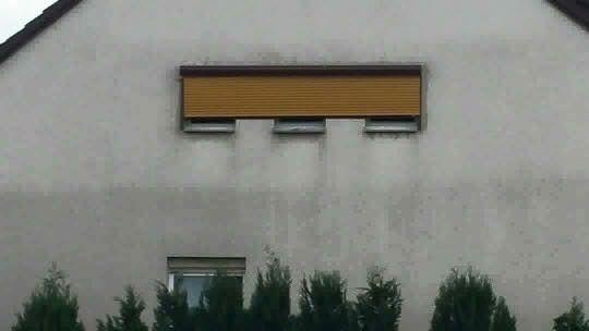 Bei dieser Fassade.   Die 23 schlimmsten Handwerker der Welt