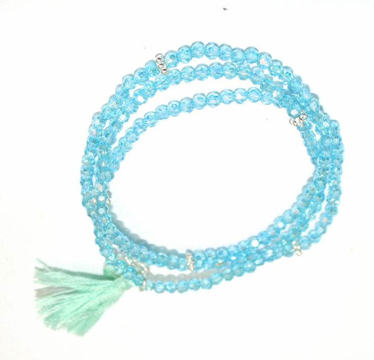 (http://www.notinthemalls.com/products/Gorgeous-stretchy-bracelet-.html)