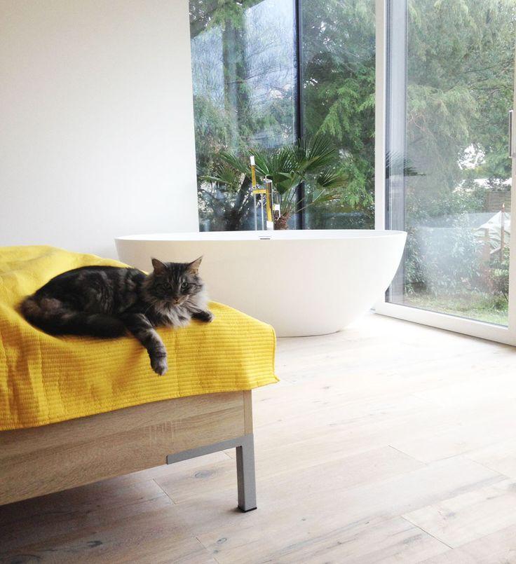 17 best images about freistehende mineralguss badewannen luxus pur on pinterest piccolo. Black Bedroom Furniture Sets. Home Design Ideas