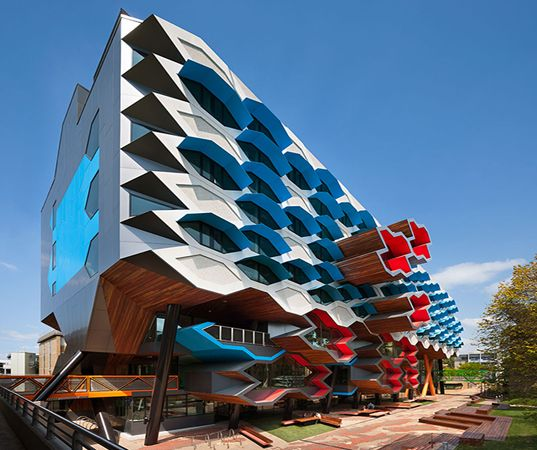 La Trobe University's Eye-Popping New Research Facility Aims for Australia's 5-Star Green Rating