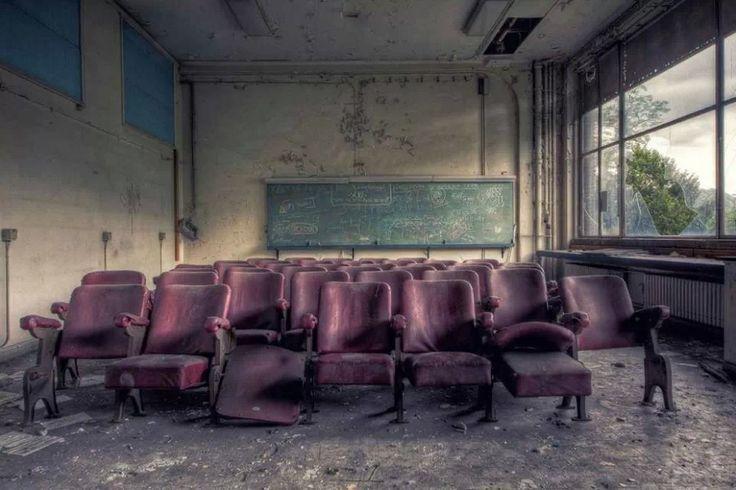 Zombie cinema
