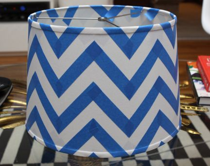 DIY Chevron lamp shade. Doing this in mint and white and putting it on a silver lamp base