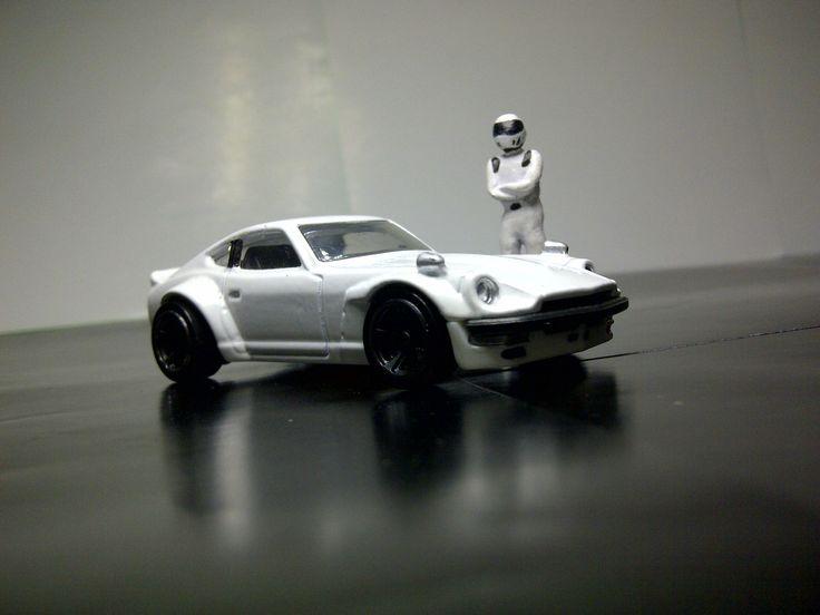 The Stig and The Fugu Z. Hot Wheels Custom Datsun 240Z. #hotwheels #jdm #car #diecast #datsun