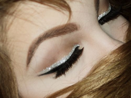 Gorgeous liquid liner base with glitter liner above!