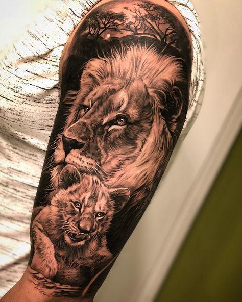 #lion Eine 8-stündige Sitzung. @lamanuelatattoo __________________________ #tattoo #blackandwhite # … #yooying