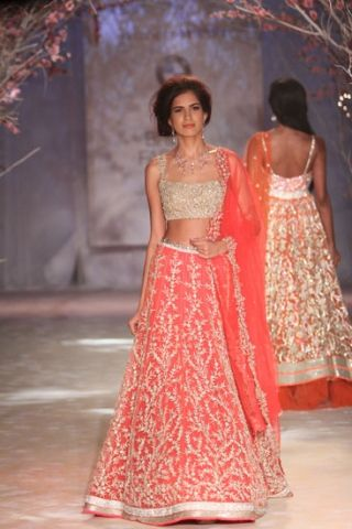 India Bridal Fashion Week 2014 | Jyotsna Tiwari #IBFW #IndianCouture