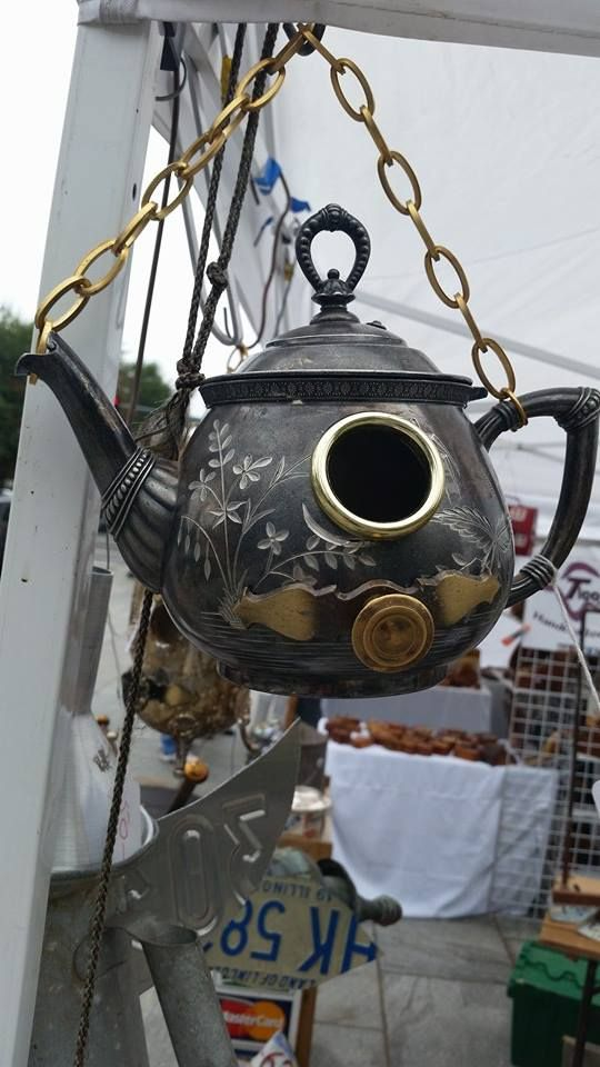 Tea Pot birdhouse. Just incase you are getting tired of some of your old tea pots Denise and Dennis, I am sure Dennis might have some old chain hanging around.