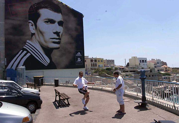«Кто дает бить себя, не считается в Марселе мужчиной». Неизвестный Зинедин Зидан - La Strada - Блоги - Sports.ru