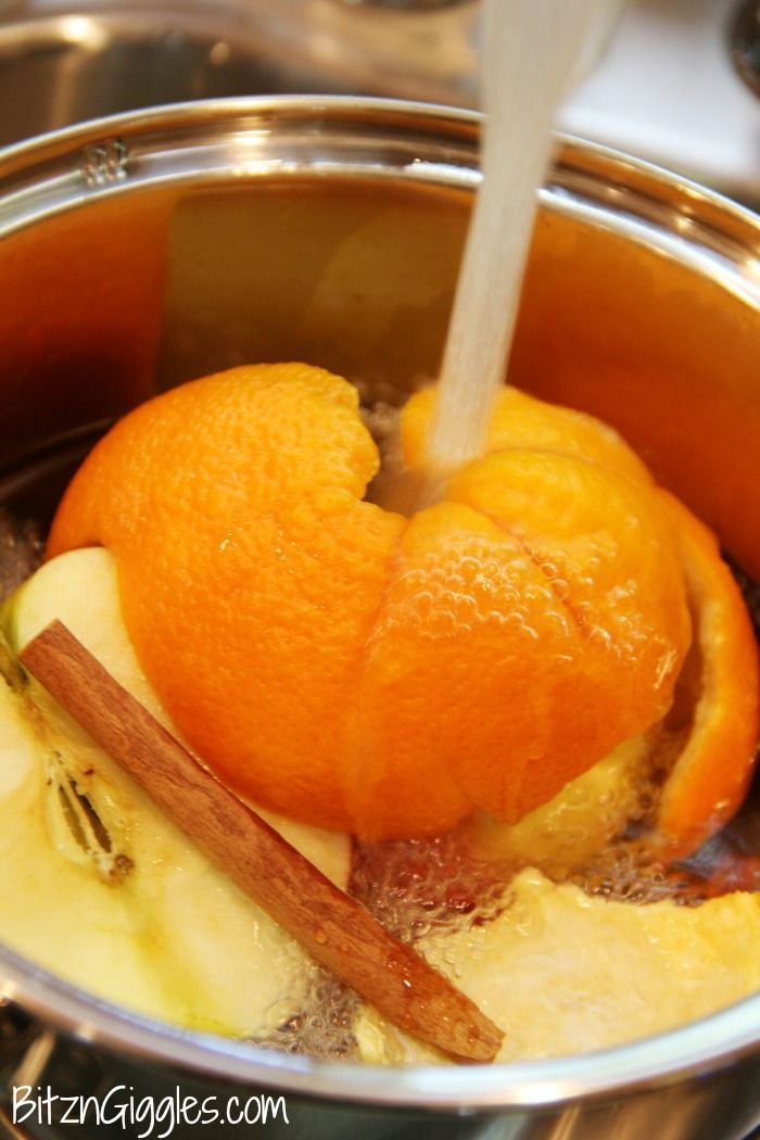 DIY Simmering Potpourri - What a great and natural way to get the home smelling wonderful for guests, an open house or just for you and your family to enjoy!