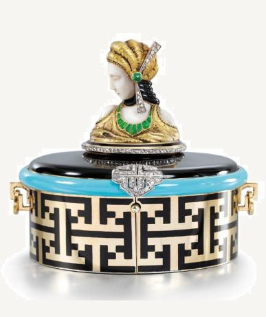 AN ART DECO GOLD, ENAMEL, IVORY AND DIAMOND POWDER COMPACT, PROBABLY LACLOCHE, CIRCA 1920.