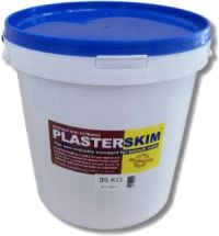 PlasterSkim is more than just ready mixed crack filler; it is the ultimate and only product you would need to prepare your walls and other surfaces before you paint. Plasterskim is conveniently premixed and replaces the need for crack-fillers, gypsum plaster, plaster primers and undercoats.