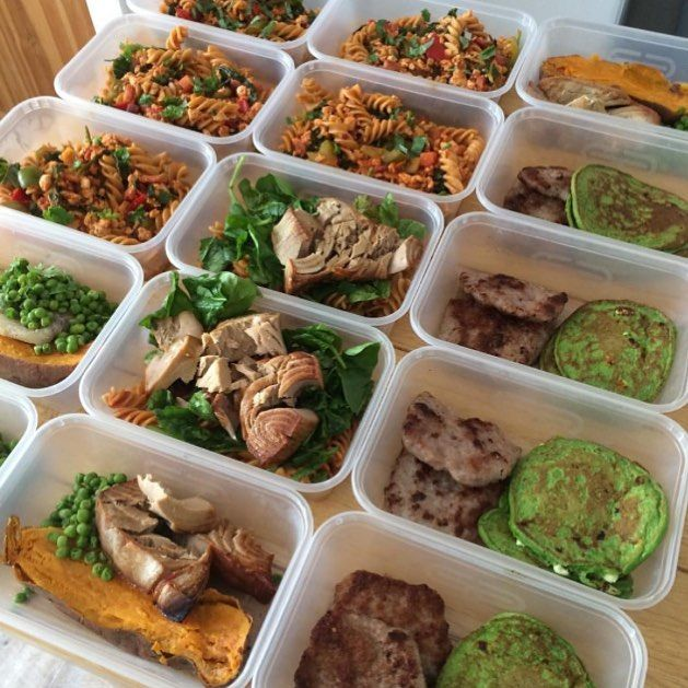 Staying healthy is a daily choice and you are in total control on how you would want to do it. Meal prepping is definitely an affordable and healthy practice to start if you want to get going with your diet. Have productive days meal prepping and have an easy breezy yet healthy days for the rest of the week with your prepared meals ready to be eaten. Check out this awesomely prepared meals of @erinbonett.  --------------------------- Productive 'morning off' #nofilter #foodprep  @heckfooduk…