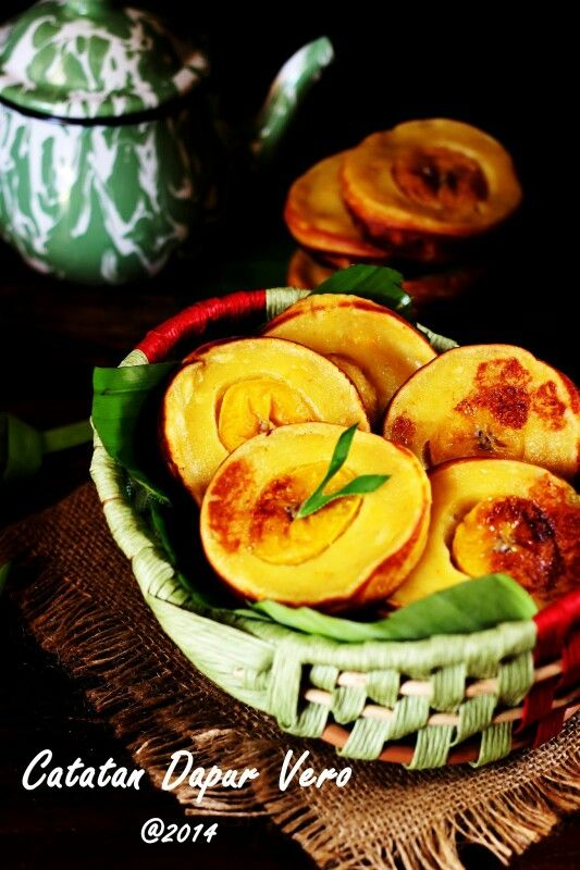 Roti pisang (banana bread) Indonesia