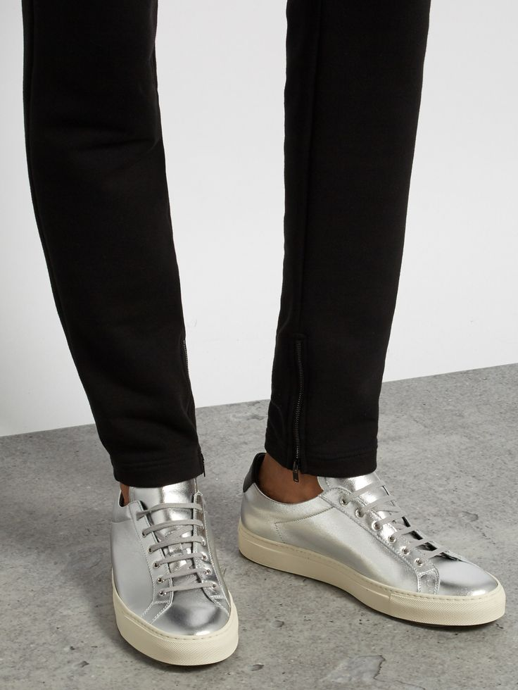 Common Projects Achilles Retro low-top leather trainers at MATCHESFASHION.COM