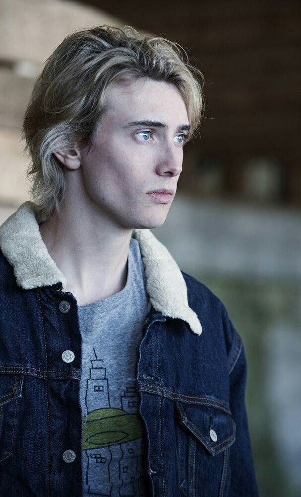 James Paxton as Lukas Waldenbeck in Eyewitness