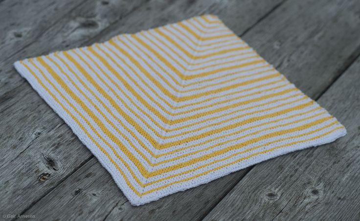Strikket hvit og gul resteklut, oppskrift nr. 7 | Tove Fevangs blog