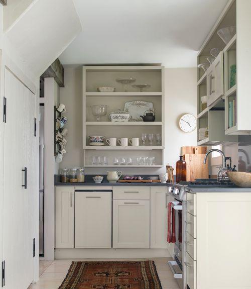 Interior Inspiration 12 Kitchens With Color: Explore This Quaint Connecticut Cottage