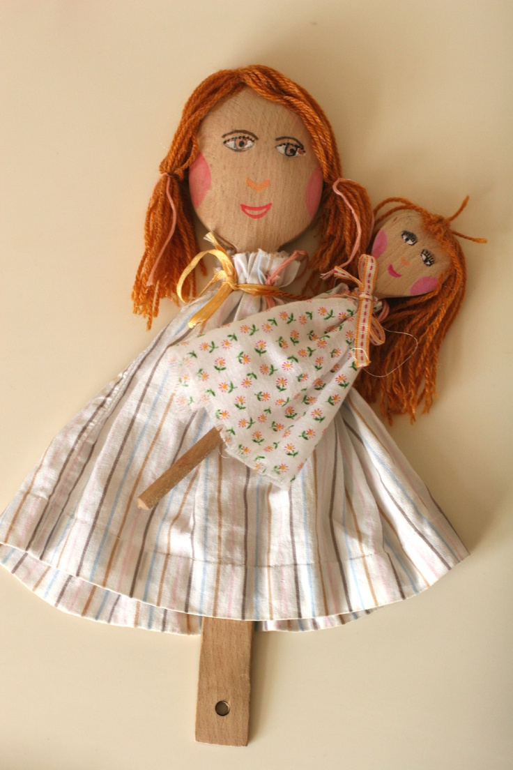 mother and her daughter (wooden spoon puppets)